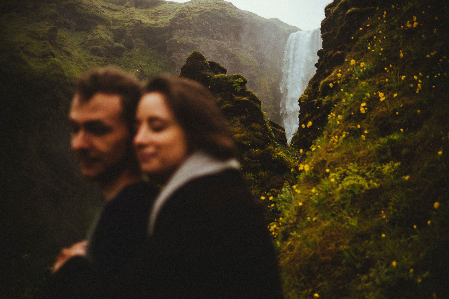 iceland engagement session