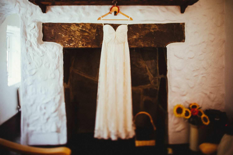 yellow cottage wedding